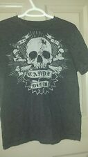 Quality item Old Navy SKULL T shirt  Gift Idea FREE SHIPPING CAN USA
