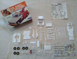 Incomplete 1981 MPC 1/25 Scale The Dukes Of Hazzard Cooter's Tow Truck 1-0441