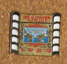 A22 VINTAGE PIN  MOVIE LES MACHINES DU DIABLE DELTA VIDEO 1982