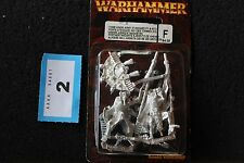 Games Workshop WARHAMMER Tomb Kings Esercito standard in metallo Figure Set FANTASY fuori catalogo B