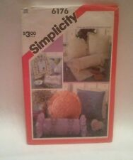 Candlewicking Pillows Neck Roll Pattern Simplicity 6176