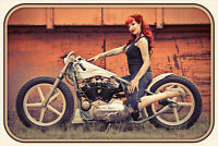 Chopper Rouge Cheveux Pin Up Girl Pancarte en Tôle Signe Métal Étain 20 X 30 CM