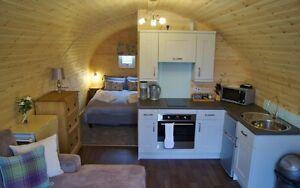 Luxury Romantic Lakeside Elder Lodge, Private Hot Tub & Fishing Peg, sleeps 2