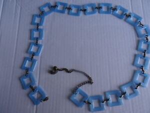 Pretty blue retro vintage hippy 60s/70s-style acrylic & metal belt