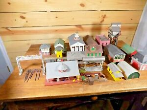 Model Train Landscape Buildings and Accessories HO Scale