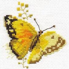 Alisa Cross Stitch Kit-amarillo mariposa