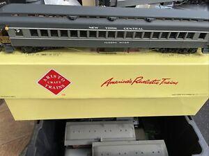 Aristo-craft ART-31407 HWT. OBSERV. NYC Passenger Car Kadees G Scale NEVER USED
