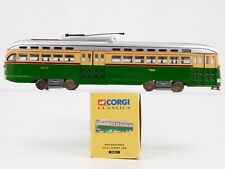 O Gauge 1:50 CORGI 55001 Philadelphia PCC Streetcar #2733 Die-Cast Trolley