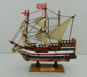 WOODEN MODEL GOLDEN HIND GALLEON SHIP NAUTICAL