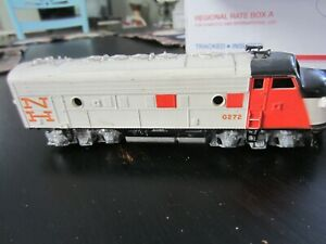 h o trains: Very good running ATHEARN rubber band drive NEW HAVEN F7 A unit