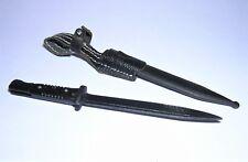 DID 1/6th Scale WW2 German Infantry Metal Bayonet & Scabbard - Egon