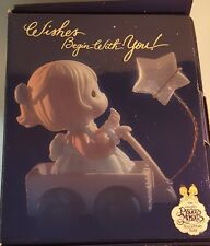 New 1999 Precious Moments Wishing You A World Of Peace Collectors Club Box Set !