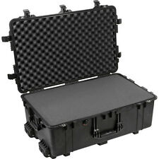 Pelican 1650 Case with foam, 1650, Black
