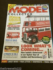 April Models Antiques & Collectables Magazines in English
