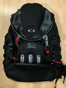OAKLEY 34L KITCHEN SINK Backpack Tactical Black 92060AODM - NEW - FREE shipping