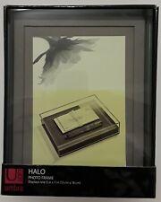 Umbra Halo 5x7 Photo Frame / Box Display