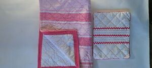 INFANT GIRLS POTTERY BARN PINK~WHITE DECORATIVE STITCHING CRIB QUILT PILLOW COVE
