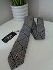 BNWT Hugo Boss Black white Check Pattern Woven Silk Tie - 6cm