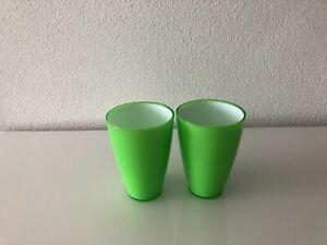 2-teiliges Trink-Becherset in neongrün für Kinder - stapelbar