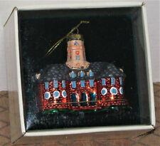 NEW Colonial Williamsburg Blown Glass Ornament Capital Building In Box 2000