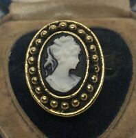 Vintage Fashion Ring Size 8 Cameo Gold Tone