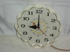 Vintage 60's General Electric GE Plastic Flower Wall Clock Made USA