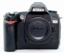 Nikon D70 (cuerpo) con 1.800 disparos!