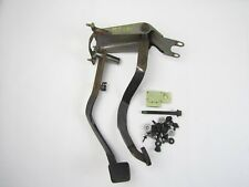 1996-1997 Chevy S10 Blazer GMC Sonoma Jimmy CLUTCH AND BRAKE PEDAL ASSY pedals