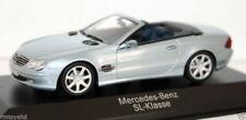 Artículos de automodelismo y aeromodelismo MINICHAMPS color principal plata Mercedes