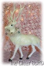 Vintage Style Ivory Reindeer Deer Wreath Around Neck Shabby Cottage Chic Deco