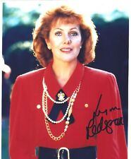 Lynn Redgrave signed 8x10 color photo