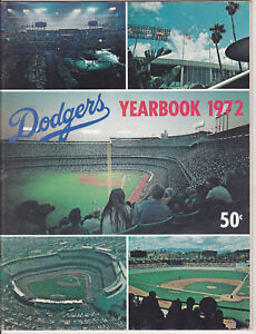 1972 LOS ANGELES DODGERS MLB BASEBALL YEARBOOK GREAT CONDITION!!!