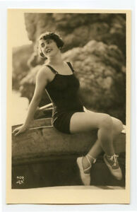 1920s Cute pose Mandel FRENCH FLAPPER Swimsuit Bathing Suit photo postcard