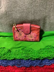 Fossil Vintage Red Multi-Color Floral Pebble Leather Organizer Flap Snap Wallet