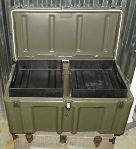 Pelican Hardigg Weather tight Military Transport Footlockers W/ Wheels  2 Trays