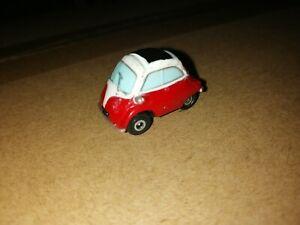 Micro Machines Volkswagen BMW Isetta Red / White Good Condition 1997 Galoob