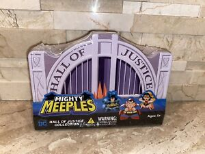 MIGHTY MEEPLES DC Hall of Justice Collection of 7 - 1 inch Mini-Figures Tin Set.