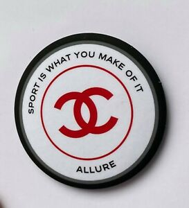 CHANEL pin brooch badge LOGO ROUND ALLURE RED WHITE VIP GIFT