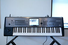Korg Kronos 61keys Music Workstation ver.1.0.4 w/ original case