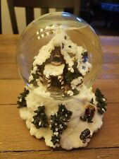 Boyds Bearly-Built Villages Kringles Shanty Winter Wishes Musical Snow Globe.