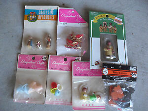 Lot of Dollhouse Miniatures NIP Baskets Sleds Figures MORE LOOK