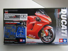 Tamiya 14101 1/12 Scale Model Sports Bike Motorcycle Kit Ducati Desmosedici