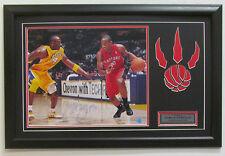 Toronto Raptors demar derozan firmado Nba Baloncesto 16x20 Autógrafo Certificado De Autenticidad Enmarcado
