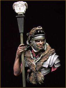 young miniatures roman signifer resin  bust kit  figure model  yh1834