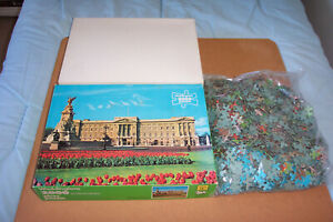 "WADDINGTONS 2000 PIECE VINTAGE JIGSAW: ""BUCKINGHAM PALACE, LONDON"""