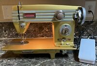 Domestic White 765 Heavy Duty Sewing Machine Gold + Pedal Tested Pre-owned