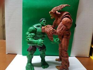Marvel Legends Sasquatch vs hulk