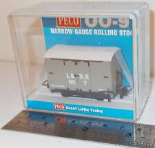 Peco GR-220B - Lynton & Barnstaple Box Van, L&BR Grey (No.7)        New    (009)