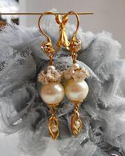 Boucles d'Oreilles Dormeuses Doré à Multi Perles Nacrées Anciennes & Cristal