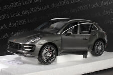 1 18 Minichamps Porsche Macan Turbo 2013 Greymetallic Ltd. 504